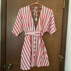Shein Dress Red and White Stripe Sz Small (4)